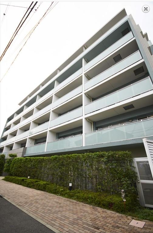 ワンちゃん、猫ちゃんが飼えるマンション クレストフォルム新川崎ブライトコート 102号室